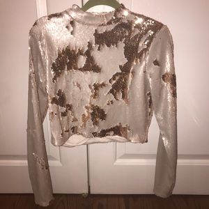 Tops - Long sleeve sequence top